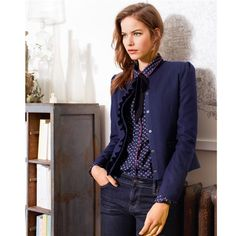 Woman dressed in smart casual wear - Main Image Home Page Smart Casual Women, Smart Casual Wear, Casual Looks, Mode Masculine, Work Fashion, Fashion Outfits, Parisian Style, French Fashion, Everyday Fashion