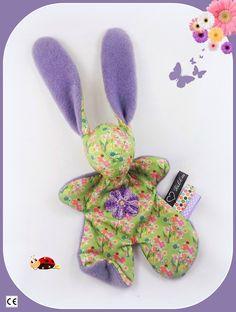 Doudou lapin Moubbi°°Petite fleur°°.tissu fleuri ,fleur au crochet.Original ,Fait main .Un cadeau de naissance unique. : Jeux, peluches, doudous par kore-and-co Dinosaur Stuffed Animal, Creations, Etsy, Unique, Plushies, Flower Crochet, Fabric Flowers, Bunnies, Softies