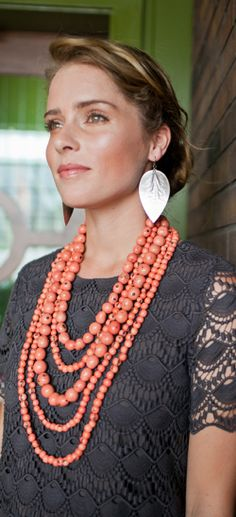 this necklace w/ my navy and ivory lace dresses #noondaycollection #noondaystyle