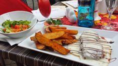 """Wenn ihr mal in Aalen seid und richtig lecker essen gehen wollt, kann ich euch das Leib & Seele wärmstens empfehlen! Mein Tipp: Rumpsteak """"The Italian"""" mit Gorgonzolasauce!"""