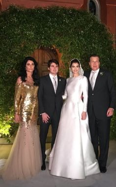 Muslimah Wedding Dress, Hijab Wedding Dresses, Wedding Dress Sleeves, Bridal Dresses, Bridesmaid Dresses, Prom Dresses, Formal Dresses, Classy Wedding Dress, Classic Wedding Gowns