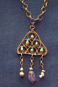 group (necklace and earring), gold, pearl, and amethyst?, Egyptian (Coptic) by Atelier Sol,