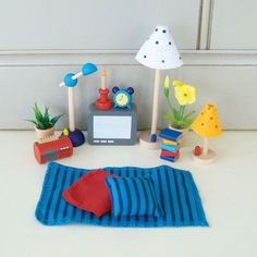 Dollhouse Living & Bedroom Accessories Set