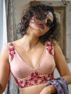 Saree Blouse Neck Designs, Choli Designs, Fancy Blouse Designs, Choli Blouse Design, Blouse Patterns, Stylish Blouse Design, Sexy Blouse, Sari, Jeans