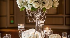 What a gorgeous #centerpiece for your #wedding! #flowers #dinner #party