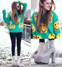 c1daea61f82108 Smile Face Knit Sweater in Green - Tops - Retro