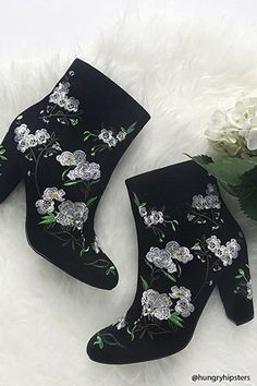 FOREVER 21+ Faux Suede Embroidered Boots