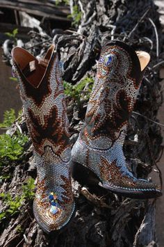 Jacqi bling swarovski cowgirl boots Boot Bling, Bling Shoes, Shoes Heels Boots, Heeled Boots, Cowgirl Style, Cowgirl Boots, Western Boots, Western Style, Boot Jewelry