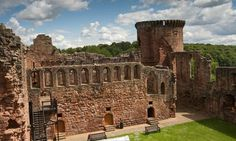 Bothwell Castle largest castle in Scotland from the 13th century.