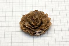 Beitrag über Tutorial - 3D Blume aus Packpapier selber machen im Stampin' Up! Blog von Steffi Helmschrott – Stempelwiese. #anleitung #klammern #muschelförmigerkreis