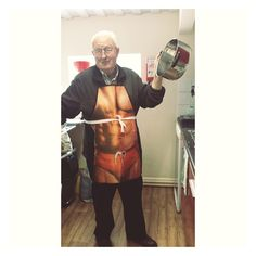 Rog trying out his new apron. We think it suits him!