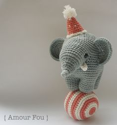 Free Circus Elephant & Ball Crochet Pattern  by Amour Fou