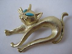 Cat Gold Turquoise Brooch Vintage Pin by vintagejewelryalcove, $10.50