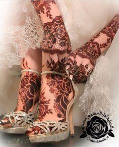 I love bridal henna