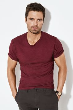 Sebastian Stan for Men's Health Bucky Barnes, Carter Smith, William Moseley, Z Cam, Man Thing Marvel, Marvel Actors, Winter Soldier, Kind Mode, Cute Guys