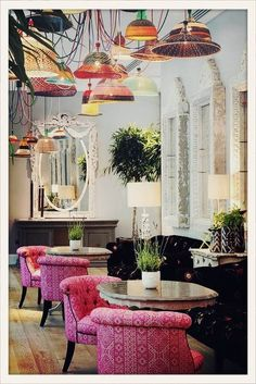 interior design ideas small restaurants In this article, I will show you the interior design for a restaurant to inspire your business restaurant plans.Take a look at this amazing interior design for the restaurant down below. Design Hotel, Restaurant Design, Decoration Restaurant, Deco Restaurant, Bar Design, Luxury Restaurant, Restaurant Lighting, Colorful Restaurant, Modern Restaurant