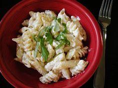 Life's Recipes...: Homemade Alfredo Sauce