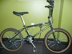 5e2ca84bbd3 029e0fead0debdbb0effb29ced3c20e0.jpg (600×450) Vintage Bmx Bikes, Schwinn  Bikes, Predator