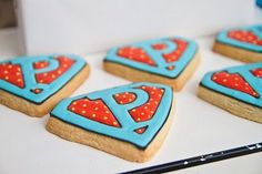Kellie! Personalized super hero cookies, I'm so ordering these for Pip!!
