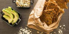 Näkkäriä on helppo valmistaa itse, katso maukas resepti! Healthy Snacks, Pie, Desserts, Food, Health Snacks, Torte, Tailgate Desserts, Healthy Snack Foods, Cake