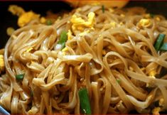 easy pad thai-made this tonight and the whole family loved it! I doubled it and I would make even more next timeeasy pad thai-made this tonight and the whole family loved it! I doubled it and I would make even more next time Easy Thai Recipes, Asian Recipes, Vegetarian Recipes, Dinner Recipes, Cooking Recipes, Healthy Recipes, Ethnic Recipes, Healthy Breakfasts, Healthy Snacks