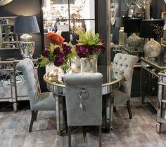 """3d9725ff12f4 Malvarosa luxusný nábytok on Instagram  """"Chcete oživiť svoju jedáleň  🤔😏⠀  Naozaj luxusná Roll-Top Thatcher jedálenská stolička Váš domov zaručene ..."""
