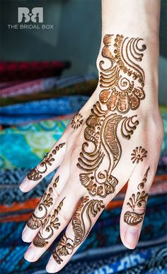52 Amazing Arabic Mehndi Designs With HD Pics & DIY Videos
