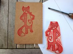 my beloved heartfox needed a new and bigger appearance. a guy with his class, you know...now he's representing on small moleskine notebooks, handprinted, naturally...
