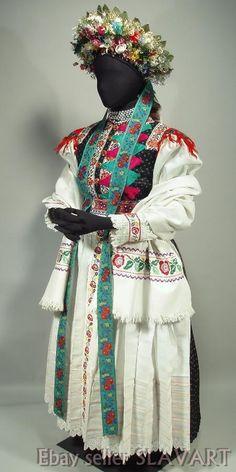 Bridal kroj from village Liptovské Sliače, Liptov region, Central Slovakia. Folk Costume, Costumes, Folk Clothing, Traditional Dresses, Harajuku, Culture, Bridal, 7 Continents, How To Wear