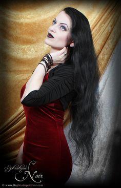 http://sophistiquenoir.com/2013/06/red-black-week-2013-day-1.html