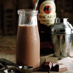 Death By Chocolate Cocktail:  50mls BACARDí OakHeart, 50mls Chocolate milk, 12.5mls Chambord