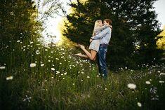 flower field engagement nashville #engagementphoto  #engaged #engagementphotography #nashvilleengagement