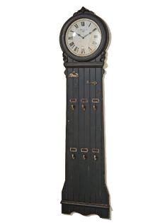 Un singur produs două funcţionalităţi: ceasul de perete cu cuier. Avem în faţă un produs deosebit atât prin forma şi stilul său cât şi prin dubla funcţionalitate de a măsura timpul şi a folosi drept cuier pentru articolele vestimentare. Ceasul este conceput pentru a fi folosit pe perete, este din MDF de culoare neagră, are o înălţime considerabilă şi anume 183 cm iar agăţătorile sunt în număr de şase. Retro, Antiques, Clocks, Wall, Home Decor, Vintage, Antiquities, Tag Watches, Watch