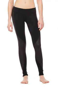 Undertone Legging | Women's Bottoms | ALO Yoga