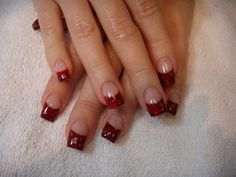 manicure francés puntas rojas