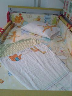 Decoración cuarto de bebé en amarillo