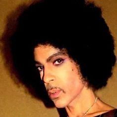 Prince 2016 -- Looks do thin! Happy Birthday Prince, Prince Paisley Park, Never Say Goodbye, Prince Purple Rain, Roger Nelson, Prince Rogers Nelson, Poses, Photo Instagram, Most Beautiful Man