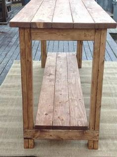 Reclaimed farmhouse sofa table #diysofatablebar