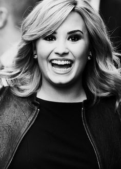 I love Demi's smile. I don't ever want to see her sad ever again like she was. She's happy in recovery and that makes me happy too. #LovaticForLife