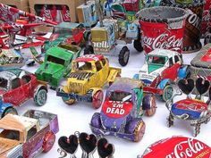 Recycling Ideas For Soda Cans - 4 UR Break- provides some information about interesting trends. Aluminum Can Crafts, Aluminum Cans, Metal Crafts, Straw Crafts, Soda Tab Crafts, Bottle Crafts, Upcycled Crafts, Recycled Art, Diy Crafts