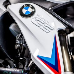 bmw r1200gs adventure aluminum panniers logo stickers m1 bmw motorcycles logos and bmw. Black Bedroom Furniture Sets. Home Design Ideas