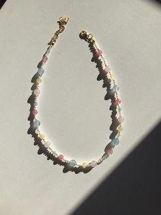 Simple Jewelry, Cute Jewelry, Jewelry Accessories, Jewelry Design, Bead Jewellery, Beaded Jewelry, Jewelery, Beaded Bracelets, Diy Necklace
