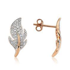 Versatili și eleganți, cerceii LDEA0285 surprind frumusețea diamantelor încrustate în aurul roz de 18 K. #rosegold #gold #earrings #goldjewelery #womenjewelery #fashion #diamonds