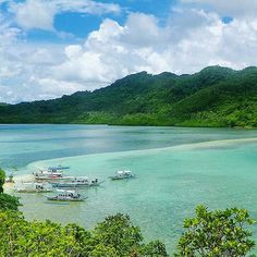 Snake Island - El Nido, Palawan, Philippines ---  Photo by @layawnamungduha_ --- #ElNido #Palawan #Philippines