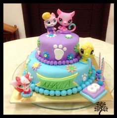 Little pet shop birthday cake, base cake japanese cheese cake, filling by strawberry vanilla and cover by fondant