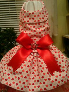 Valentines Pet Dress by LilibellsCouture on Etsy, $35.00