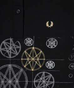 Fred Perry - Time For Magic Shirt Jamie Reid Laurel Wreath Blank Canvas