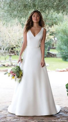 Sweetheart Gowns Spring 2018 Satin V-Neck Gown with Illusion Lace Back wedding dresses satin Sweetheart Gowns Spring 2018 Bridal Collection Simple Wedding Gowns, Luxury Wedding Dress, Modest Wedding Dresses, Bridal Dresses, Wedding Ideas, Wedding Trends, Budget Wedding, Wedding Bride, Wedding Colors