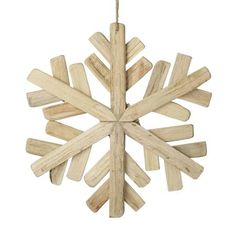 Home Discount Designer Brands - Up to off - BrandAlley Pallet Christmas Tree, Christmas Wood Crafts, Christmas Crafts For Kids To Make, Christmas Mom, Primitive Christmas, Outdoor Christmas Decorations, Rustic Christmas, Christmas Projects, Simple Christmas