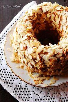 Kajmakowa babka z prażonymi migdałami   Słodkie Przepisy Kulinarne